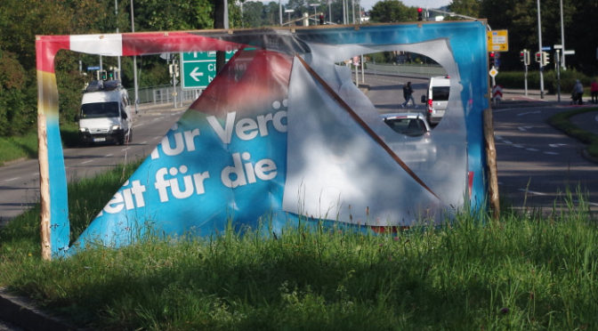 Ein Großplakat der AfD in Kempten am Sonntag vor der Bundestagswahl 2017 ©S. Lipp