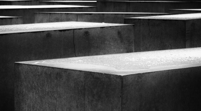 Mehrere Monate Haft für Leugnung des Holocaust