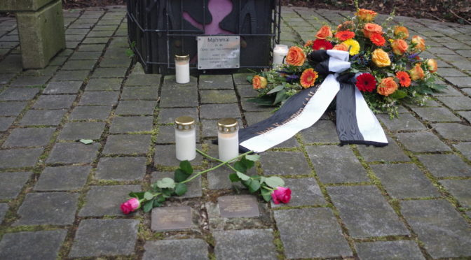 Gedenken am Mahnmal für die Opfer des Nationalsozialismus