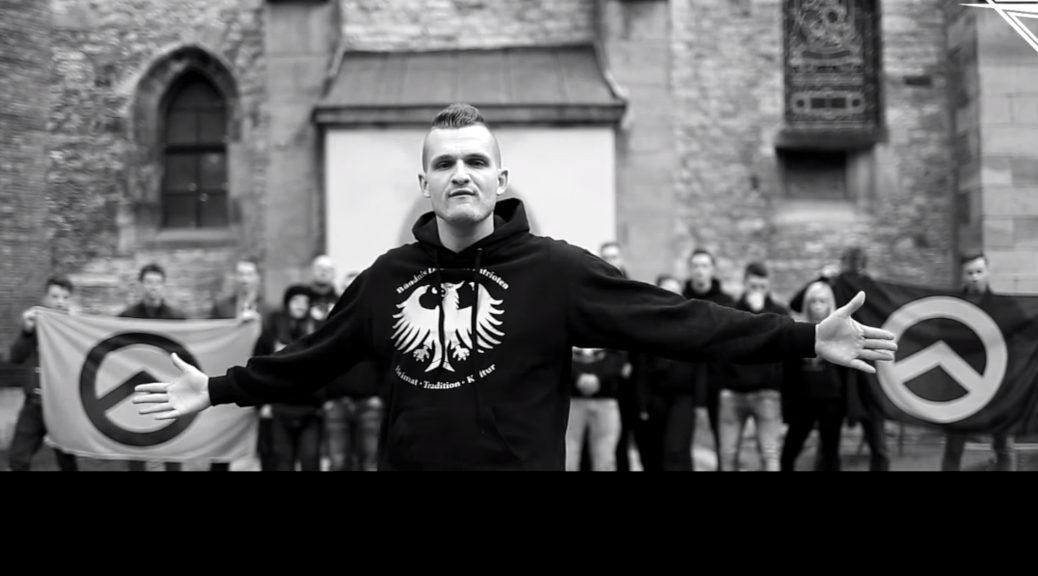 Chris Ares gibt sich in seinen Videos als Anhänger der Identitären und des Bündnis Deutscher Patrioten.