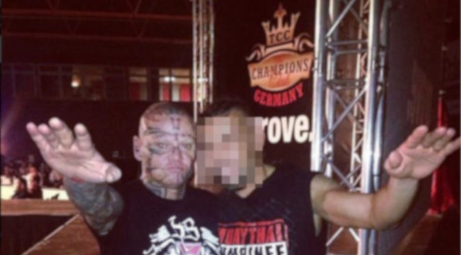 Polizei ermittelt wegen Hitlergruß auf Kampfsportevent