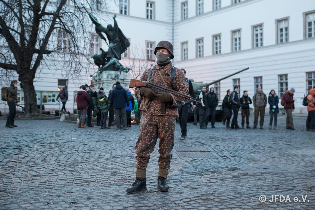 Mehrere hundert deutsche Neonazis beteiligten sich am 9. Februar 2019 am faschistischen »Tag der Ehre« in Budapest. Darunter waren auch Anhänger von Voice of Anger aus dem Allgäu. ©JFDA e.V.