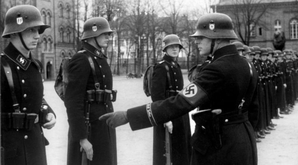 Leibstandarte Adolf Hitler in Berlin am 22. November 1938. (Bundesarchiv, Bild 183-H15390 / CC-BY-SA 3.0)