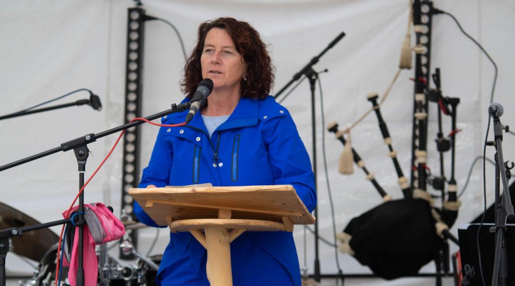 Muss »etwas gegen eine Erstarkung der rechten Szene unternehmen«: Die Wangener Landtagsabgeordnete Petra Krebs bei ihrer Festrede zur Gründung des Bündnisses am 19. Oktober 2019.