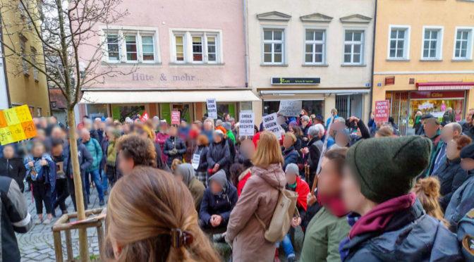 AfD-Gegner verteidigen Pressefreiheit in Lindau