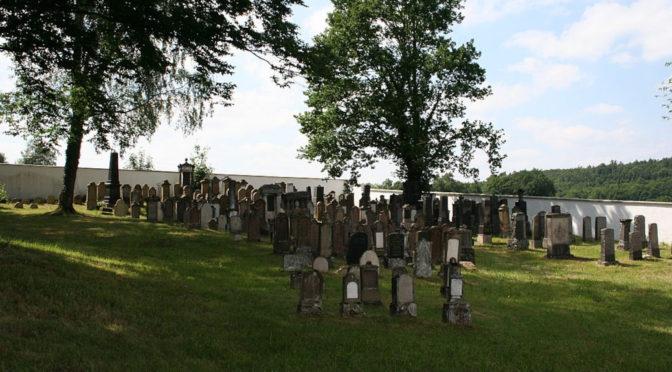 Taharahaus des jüdischen Friedhofs aufgebrochen