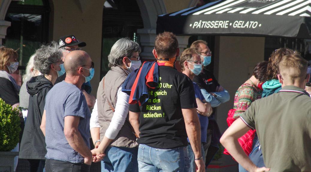 Am Marktplatz, wo Querdenken zuletzt NS-Propaganda verbreitete, gibt es wegen des Protests am vergangenen Montag gar keine Redbeiträge.