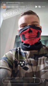 Der Allgäuer Patrick G. posiert online in Klamotten mit Bezug zu Atomwaffen Division und Division Sankt Michael. (Screenshot Instagram)
