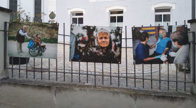 Open-Air-Ausstellung über Moria beschädigt